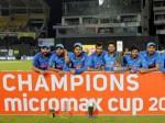 'लंका दहन' के बाद टीम इंडिया ने मैदान पर दौड़ाई कार, चालक बने धोनी