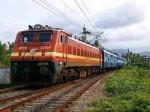 मथुरा में मालगाड़ी से से टूटकर लोहा पैसेंजर ट्रेन से टकराया, बड़ा रेल हादसा होते-होते टला