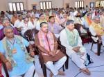 वृंदावन : RSS की बैठक में पहुंचे सीएम योगी, भागवत के साथ हुई बैठक
