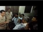 अलीगढ़ में दो पक्षों के बीच बवाल, फायरिंग में लड़की को लगी गोली