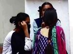 मध्य प्रदेश: मां-बेटे ने गरबा कर रही लड़कियों से कहा- 'कपड़े उतारकर नाचो'