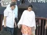 Aarushi Murder Case :  डासना जेल से रिहा हुए तलवार दंपति, चार साल बाद खुली हवा में ली सांस
