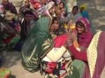 पूरे परिवार पर चढ़ी बेकाबू बस, दो मासूम बच्चों समेत मां-बाप की दर्दनाक मौत