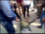 VIDEO: अस्पताल में ही पीटकर किया घायल, गुस्साए मरीजों ने भी उठाया हाथ