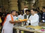 गुजरात: राहुल गांधी ने किए सोमनाथ के दर्शन, मिलेंगे नवनिर्वाचित विधायकों से