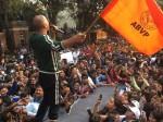 हाथ में एबीवीपी का झंडा पकड़ अक्षय ने किया 'पैडमैन' का प्रमोशन, लोगों ने किया ट्रोल