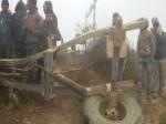 डिब्रूगढ़ राजधानी एक्सप्रेस में घुसा बालू से लदा ट्रैक्टर, टला बड़ा हादसा