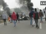 गुरुग्राम: फिल्म पद्मावत के विरोध में लोगों ने ब्लॉक की वजीरपुर-पटौदी रोड