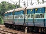 होली पर घर जा रहे हैं तो नहीं होगी टिकट की दिक्कत, रेलवे ने शुरू की 9 स्पेशल ट्रेनें