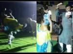 RJD नेता ने बार बालाओं संग किया अश्लील डांस, गोद में उठाकर उड़ाए नोट- देखें VIDEO