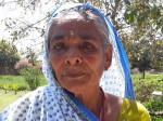 महिला दिवस: बुजुर्ग विधवा का दर्द, इंजीनियर-वकील बेटों ने पिता की हत्या कर घर से निकाला