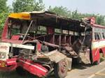 बरेली: रोडवेज बस और ट्रक के बीच भिड़ंत, एक ही परिवार के तीन लोगों की मौत
