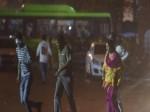 LIVE: दिल्ली-एनसीआर में बिगड़ा मौसम, तेज आंधी के बाद तूफान की आशंका