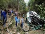 तमिलनाडु: खाई में गिरी बस, सात की मौत, 33  घायल