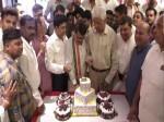 राजबब्बर के जन्मदिन पर कांग्रेसियों ने किया 'बीजेपी पोल खोल' प्रदर्शन