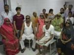 यूपी: डॉक्टरों की लापरवाही से चली गई 6 मरीजों की आंखों की रोशनी, परिजनों ने किया हंगामा