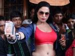 Veena Malik promotes Zindagi 50-50 in red light area
