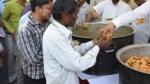 उच्च जाति के लोगों ने दलितों को नहीं करने दिया भंडारा, पुलिस की मौजूदगी में खाना उठाकर गौशाला में ले गए