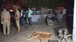 बुजुर्ग की खेत में मिली लाश के बाद पुलिस चौकी में तोड़फोड़, मथुरा में चार दिन में दो हत्या