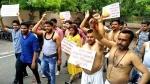 आर्टिकल 15 के रिलीज से पहले ब्राह्मण समाज ने अर्धनग्न होकर किया प्रदर्शन, लिखा खून से पत्र