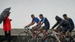 Monsoon: मुंबई में हुई मॉनसून की पहली बारिश, फिजाओं में घुली मस्ती, देखें तस्वीरें