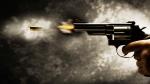 गोरखपुर: पूर्वांचल के मशहूर बिसजेसमैन के घर की दीवार पर गेंद ढूंढने चढ़ा छात्र, गार्ड ने मारी गोली