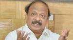 कुमारस्वामी का बड़ा आरोप, एयरपोर्ट पर रोशन बेग के साथ येदुरप्पा के पीए भी थे मौजूद
