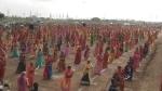 VIDEO: गुजरात में तलवारें लहराते हुए नाचीं 2 हजार से ज्यादा राजपूत महिलाएं, बना वर्ल्ड रिकॉर्ड