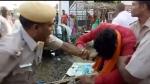 Rajasthan : थाना प्रभारी ने सरेआम भाजपा पार्षद की बाल पकड़कर कर डाली धुनाई, वीडियो वायरल