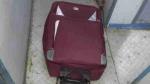फर्रुखाबाद: पैसेंजर ट्रेन के डिब्बे में मिला सूटकेस, खोला तो पॉलीथिन में मिला महिला का शव