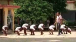 मुजफ्फरनगर: छात्रों को मुर्गा बनाकर घुमाने वाले टीचर पर हुई कार्रवाई, डीएम ने किया सस्पेंड
