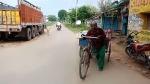 VIDEO: प्रयागराज में एंबुलेंस नहीं मिली, ठेले पर लादकर पत्नी की लाश को 45 किलोमीटर चला पति