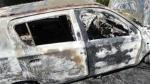 जम्मू-कश्मीर: बंद का फरमान नहीं मानने पर हथियारबंदल लोगों ने कार में लगाई आग