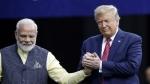 Howdy Modi: ह्यूस्टन में राष्ट्रपति ट्रंप बोले, Be Careful! मैं आ सकता हूं इंडिया
