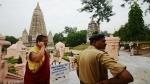 बिहार: महाबोधि मंदिर में चढ़ावे को लेकर बौद्ध भिक्षुओं के बीच हिंसक झड़प, चले लात-घूंसे