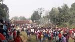 बिहार के गोपालगंज में अनियंत्रित होकर पलटा टाइल्स से लदा ट्रक, छह बच्चों की दबकर दर्दनाक मौत