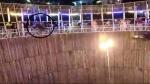 अल्मोड़ा: मौत के कुएं में स्टंट दिखाने के दौरान नीचे गिरा स्टंटमैन, देखें वीडियो