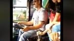 वायरल वीडियो- चलती बस में लड़कियां बदलती रहीं गियर, हंसता रहा ड्राइवर