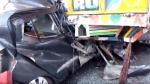 हापुड़ः खड़े ट्रक में जा घुसी तेज रफ्तार कार, पति-पत्नी और मासूम की मौत