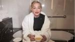 Video: पॉप क्वीन मडोना ने पहले ली आईसबाथ और फिर पी पेशाब, बोलीं-इससे ठीक हो जाती है हर चोट