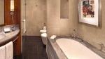 नोएडा: बाथरूम में नहाते वक्त करंट लगने से बैंक मैनेजर की मौत
