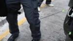 हिंसक हुआ हांगकांग में विरोध प्रदर्शन, तीर-कमान से पुलिसवालों को किया जा रहा घायल