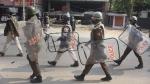 असम में नागरिकता एक्ट का विरोध जारी, सेना की 26 और टुकडियां भेजी गईं