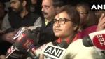 भोपाल: कांग्रेस MLA के खिलाफ FIR दर्ज नहीं होने पर धरने पर बैठी प्रज्ञा ठाकुर