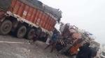 राजस्थानः सीकर के एनएच 58 पर दो ट्रकों के बीच भीषण भिड़ंत, मौके पर 4 लोगों की मौत