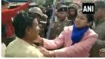 Video: मध्य प्रदेश में CAA के समर्थन में प्रदर्शन के दौरान डिप्टी कलेक्टर पर हुआ हमला
