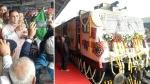 भारत की दूसरी प्राइवेट ट्रेन तेजस एक्सप्रेस शुरू, CM रूपाणी ने हरी झंडी दिखाई, खूब मिलेगा मुआवजा