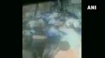 VIDEO: मुंबई के अंधेरी रेलवे स्टेशन पर जब उल्टा चलने लगा एस्केलेटर और फिर...
