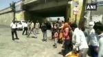 इटावाः दिल्ली से पहुंचे सभी लोगों को गांव के स्कूलों में रखा गया, सभी के होंगे जांच