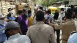 Video: एक तरफ सम्मान में तालियां तो इंदौर में स्वास्थ्य कर्मी के साथ ऐसा बर्ताव, हेल्थ टीम पर पथराव